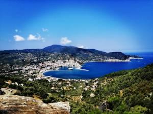 Τρέξιμο στα μονοπάτια της Σκοπέλου: Μια συνέντευξη με τον Peter Booth, ψυχή του πρώτου Skopelos Trail Race!